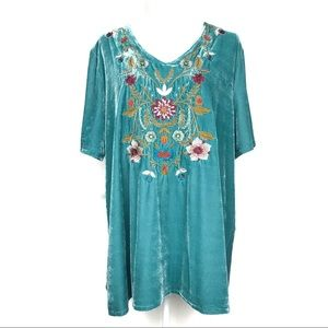 Jodifl Turquoise Velvet Floral Embroidered Tunic